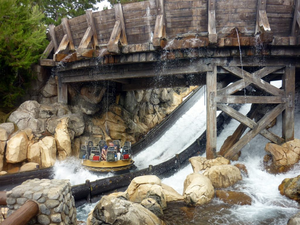 grizzly river disneyland