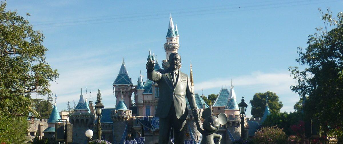 statue Disney